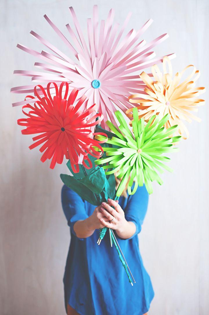 20 favorite diy paper flower tutorials diys tutorials and flower 20 favorite paper flower diys love this tutorial for diy modern paper flowers from a mightylinksfo