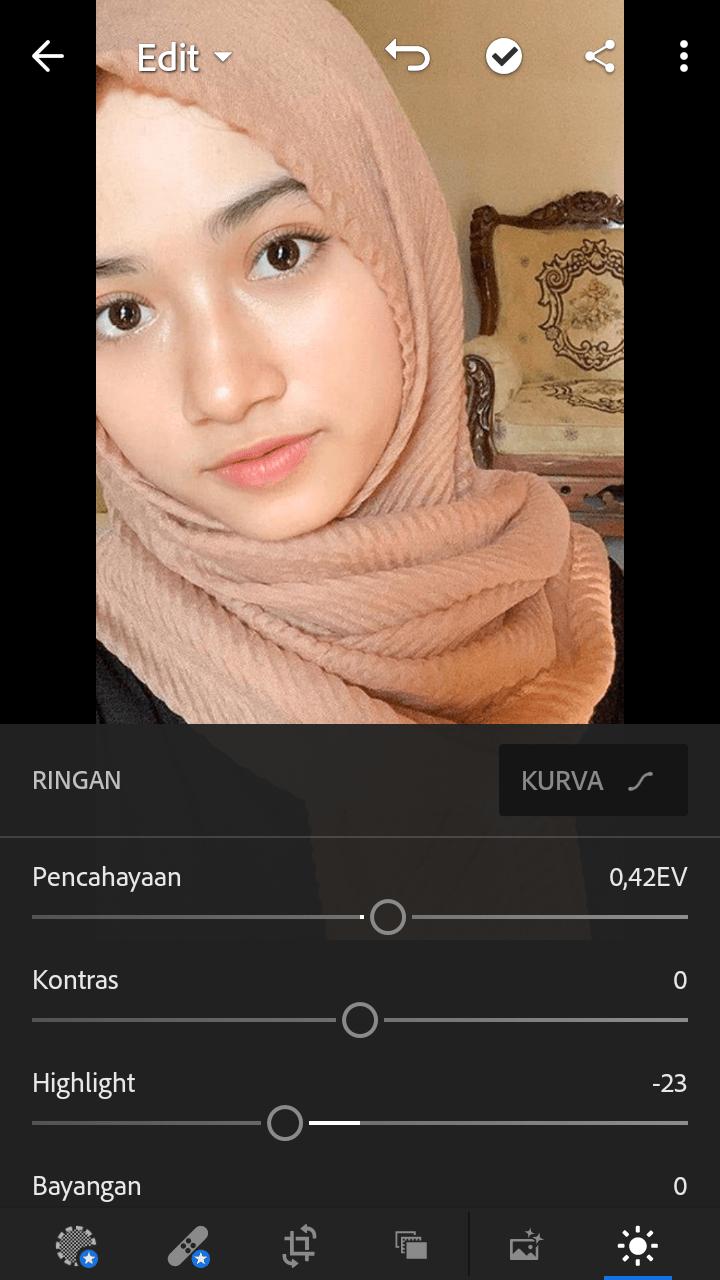 Adobe lightroom editor foto Aplikasi Edit Foto Android