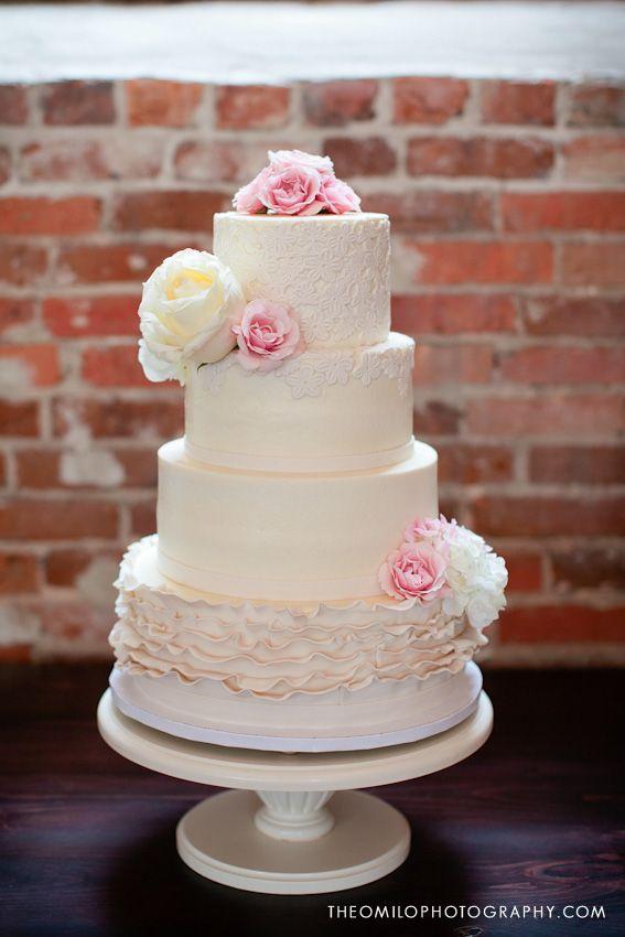 Imaginary Cakes Wilmington Nc Wedding Cake Options Wedding Cakes Ruffle Wedding Cake