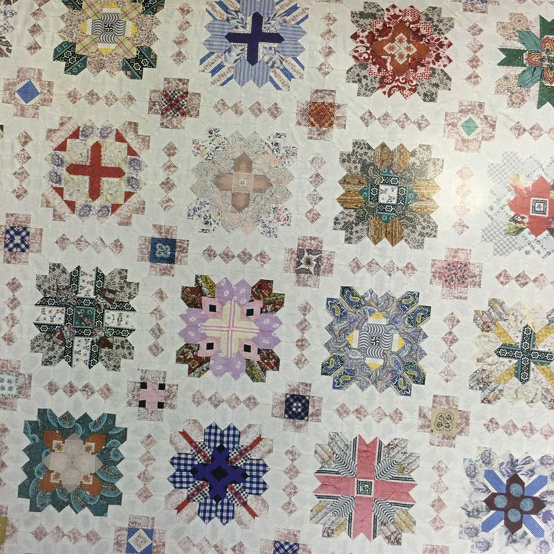 On @ModaFabrics blog best tips & tricks for English paper piecing including @aurifil 50wt