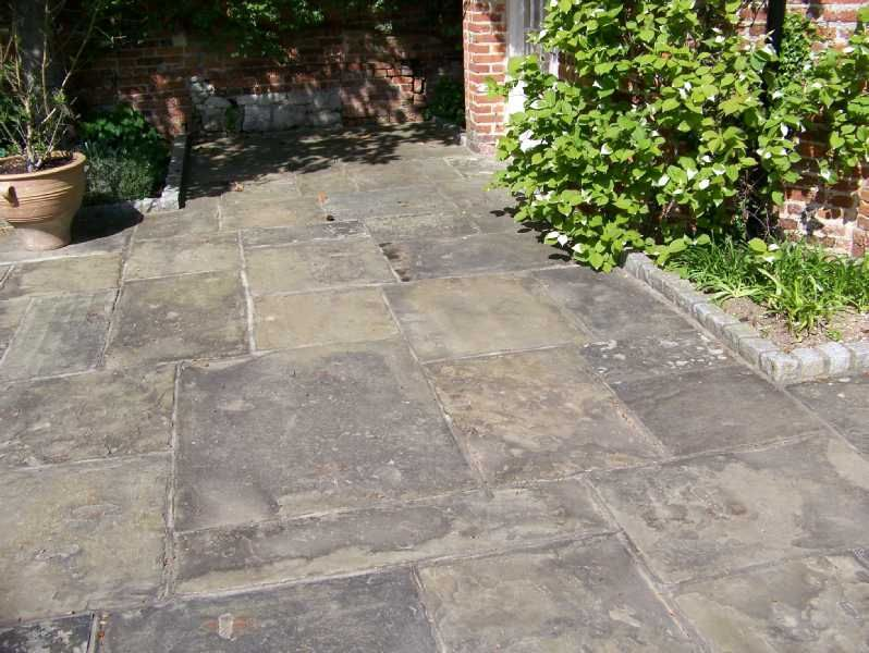 Reclaimed York Stone Paving Google Search York Stone Patio Stones Paving Stones