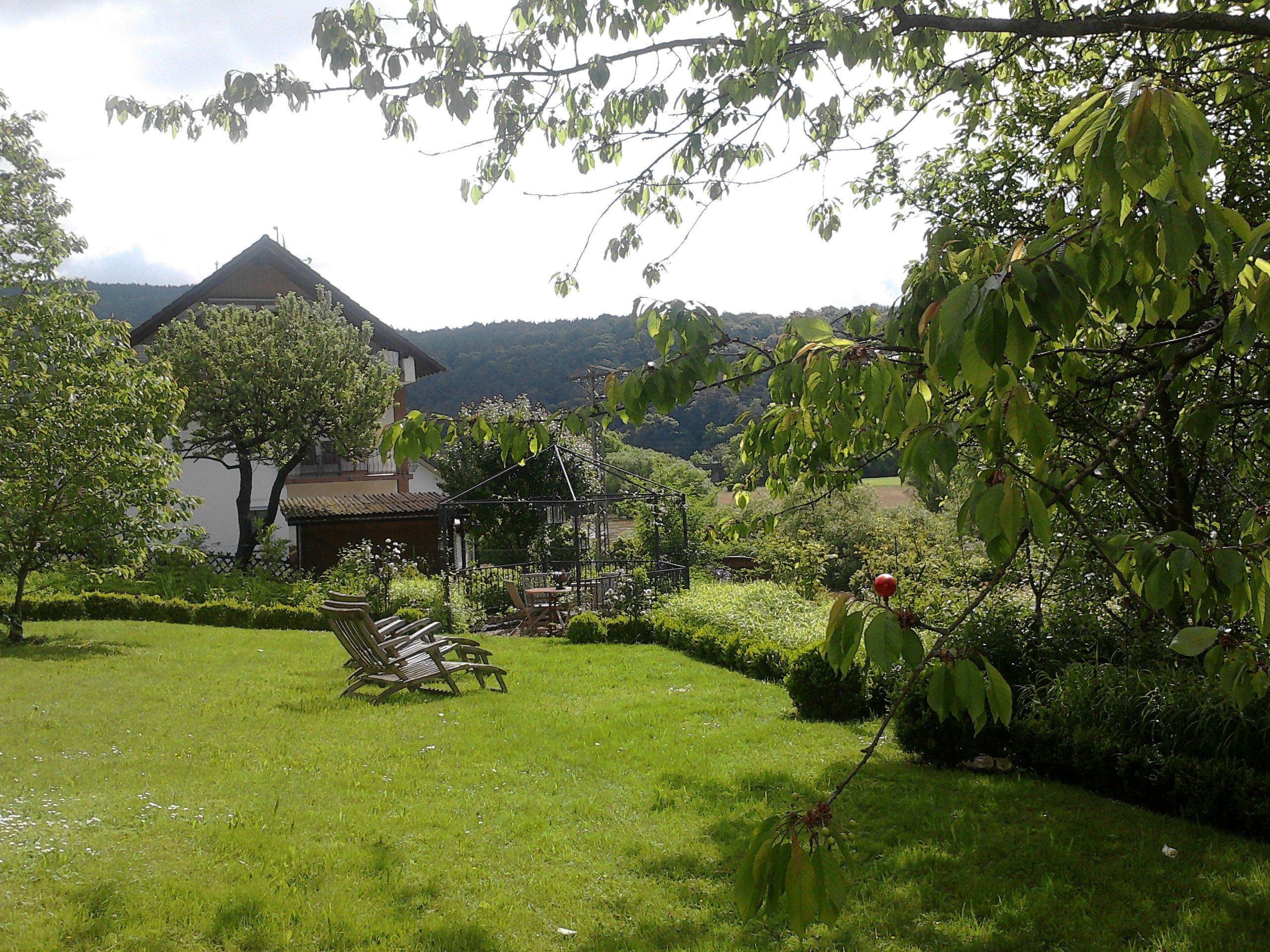 Traumhaus mit garten  Garten an der Fulda / Hessen, Deutschland | Traumhaus | Pinterest ...