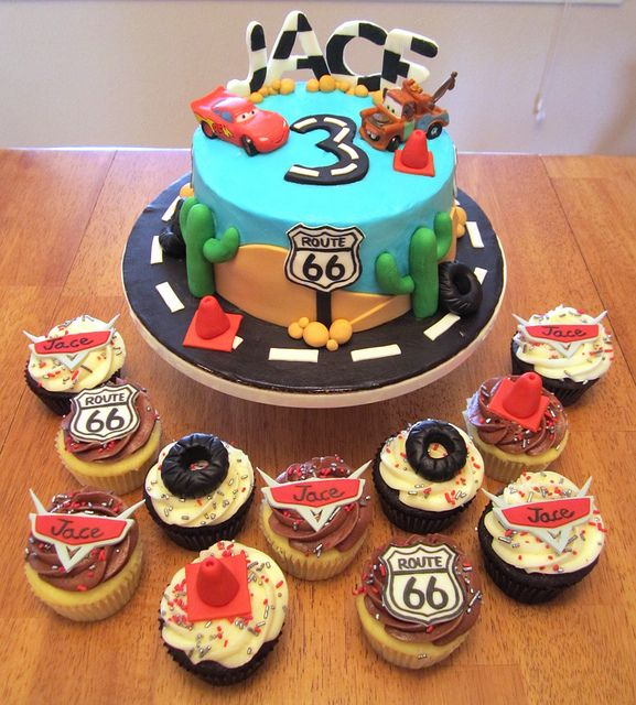 Cars Birthday Cake and Cupcakes Car cakes Birthday cakes and
