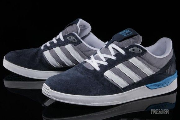 sports shoes 6fd02 f7ab7 adidas Skateboarding ZX Vulc Collegiate Navy Detailed ...