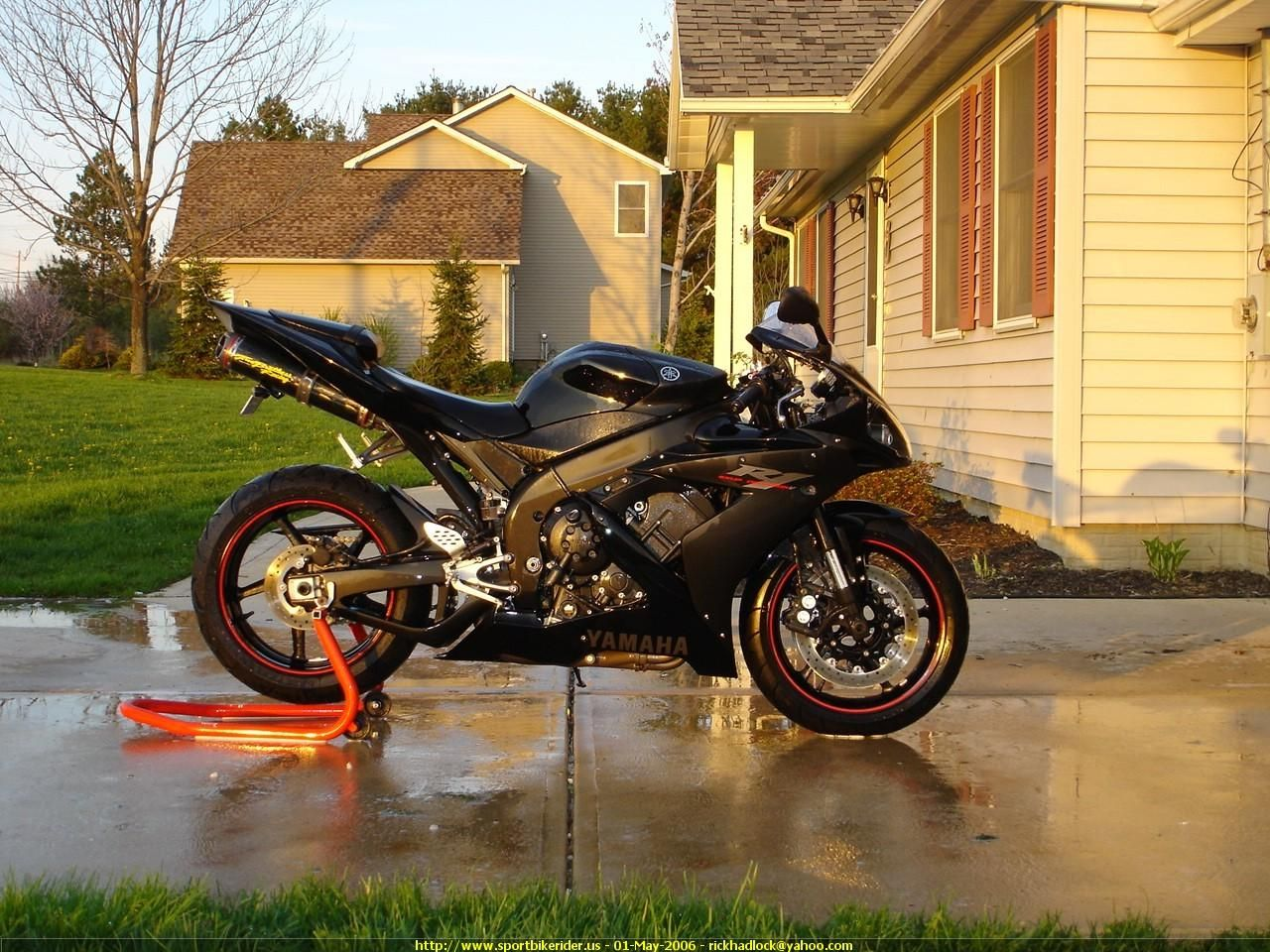 Picture of a 2005 Ducati 999 Sportbike ID108972 Yamaha