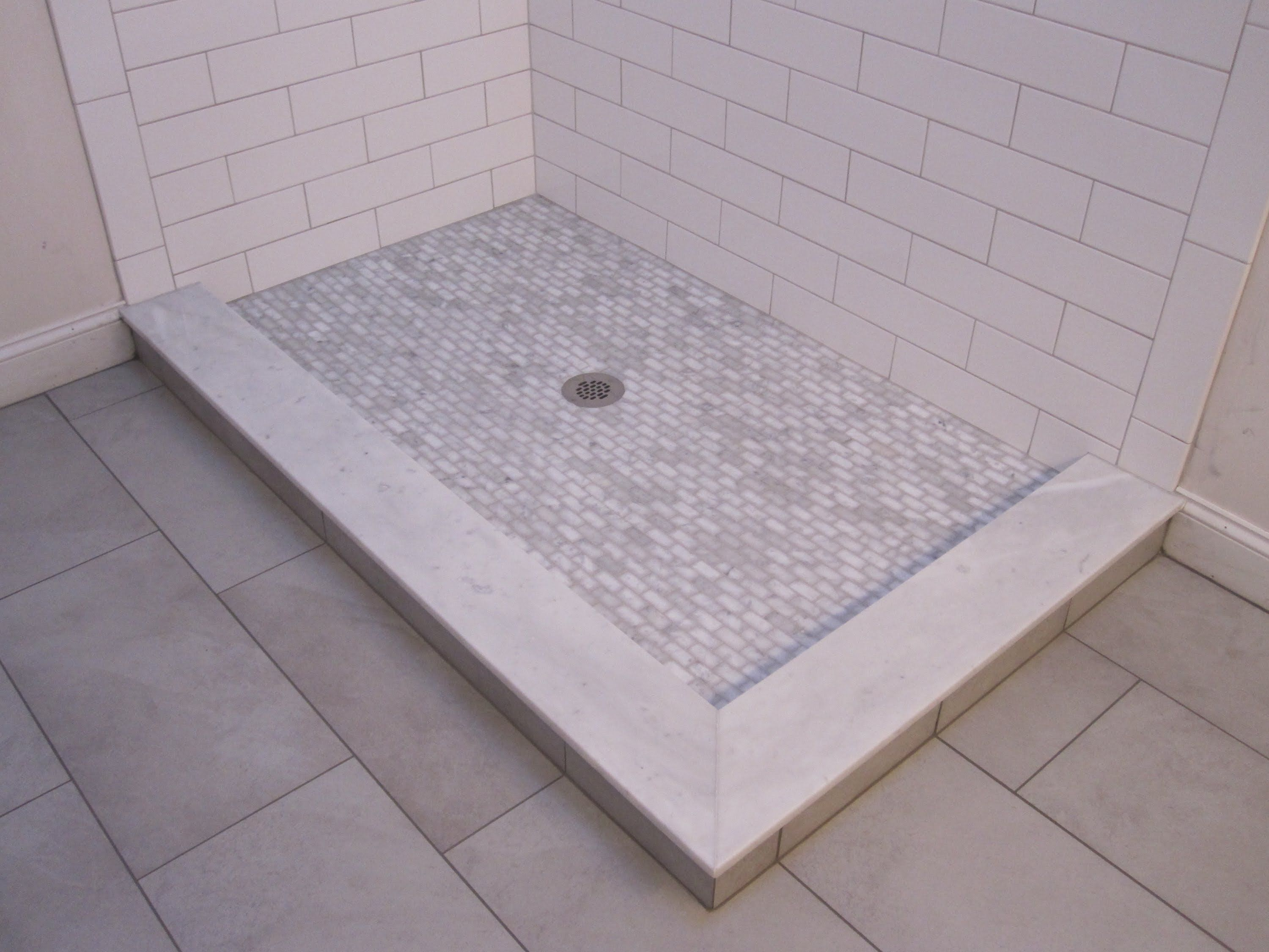 Ceramic tile shower stall ideas tiled shower stalls ideas jpg - Aquatic S New Subway Tile Family Of Tub Showers And Showers Offers Fresh Take On Timeless Classic Design