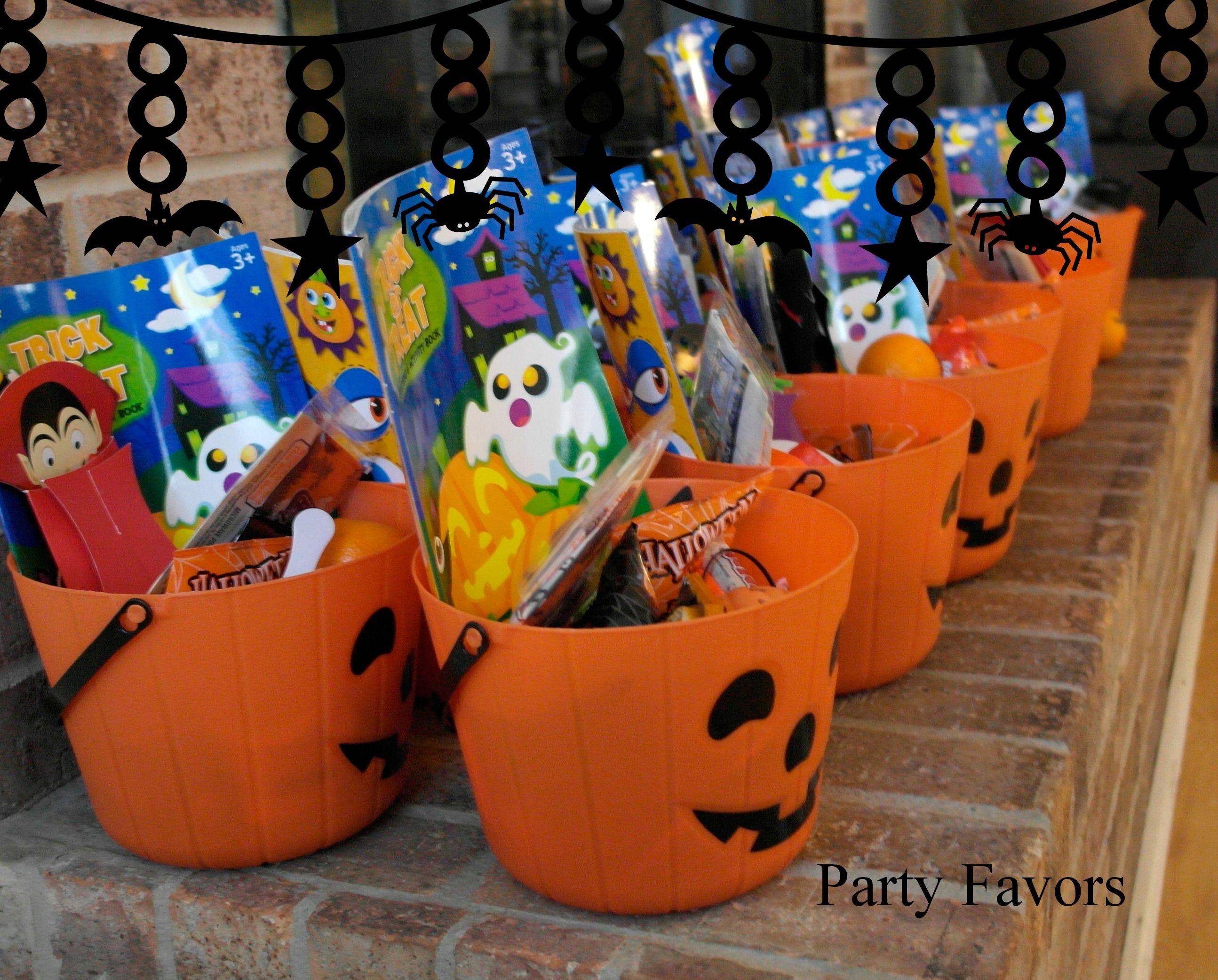 halloween treats : party favors made by grandma Carmen.   Ivy 1st ...