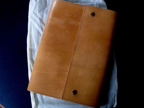 eb6613321d4d photo n°1   Beau carnet cuir épais modèle Savannah   Carnet en cuir ...