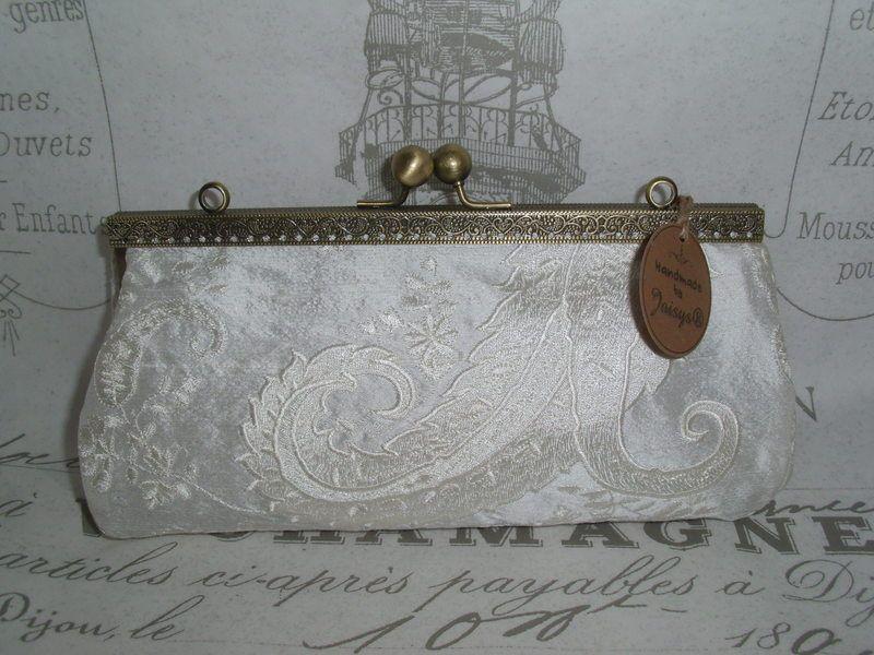 Joisys® Vintage  Brauttasche 100% Seide Ivory von Leinen-Traum auf DaWanda.com