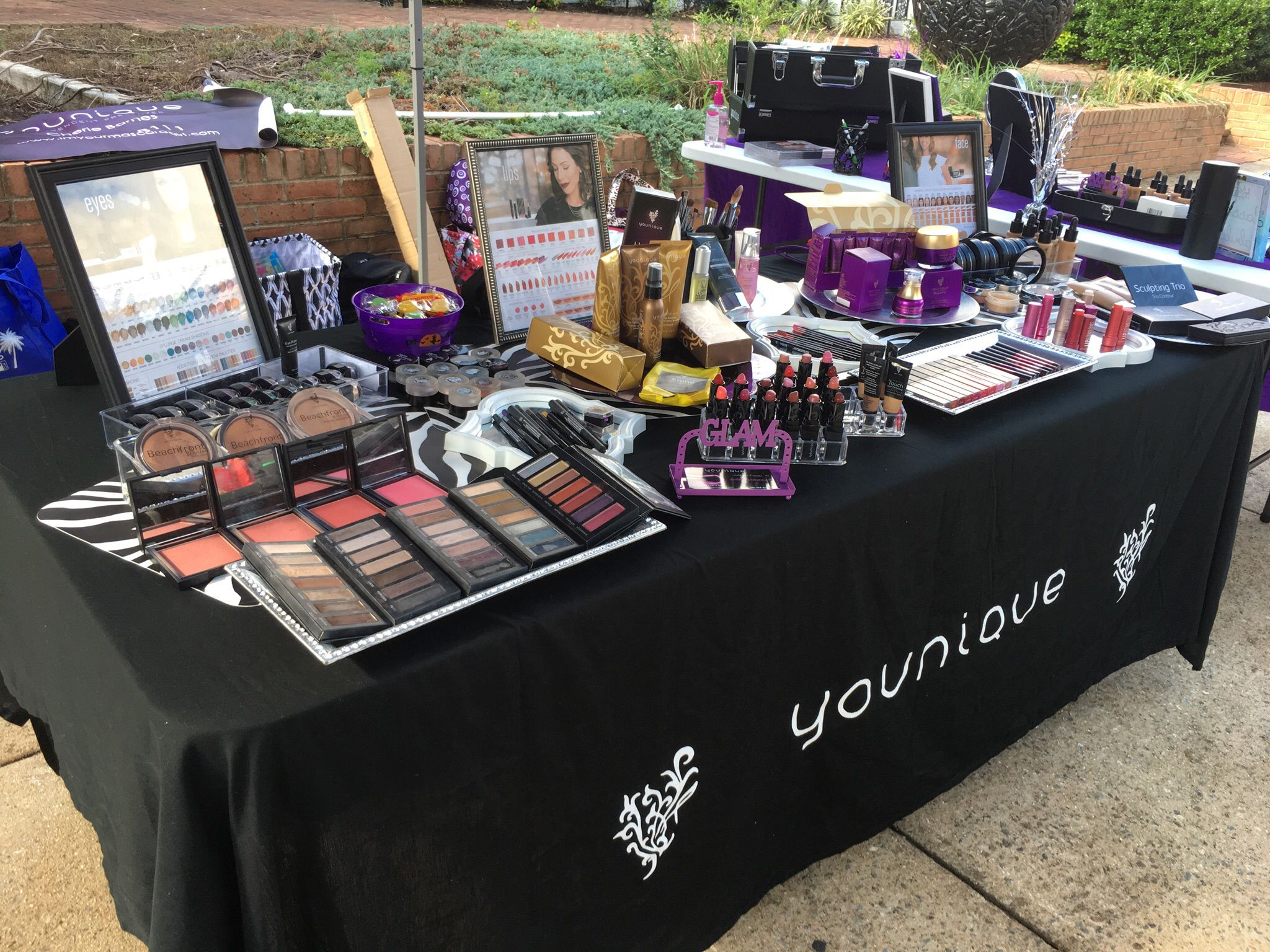 younique vendor event table or craft show table imyourmascaragirlcom