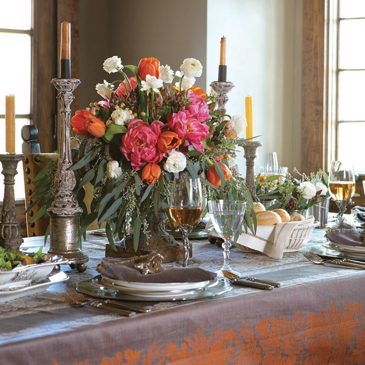 Whether your guests arrive to a table dressed to impress or a table set with paper plates and paper napkins itu0027s all about giving thanks and enjoying time ... & Thanksgiving is only one week away! Let us help you plan your feast ...