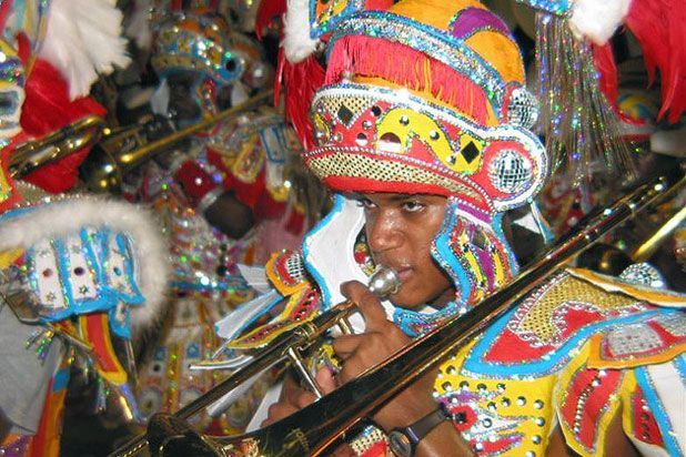 15 Delicious New Year S Eve Traditions Around The World Caribbean Bahamas Caribbean Carnival