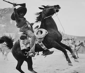 1910 En Plena Revolucion Revolucion De Mexico Imagenes De Revolucion Mexicana Revolucionarios Mexicanos