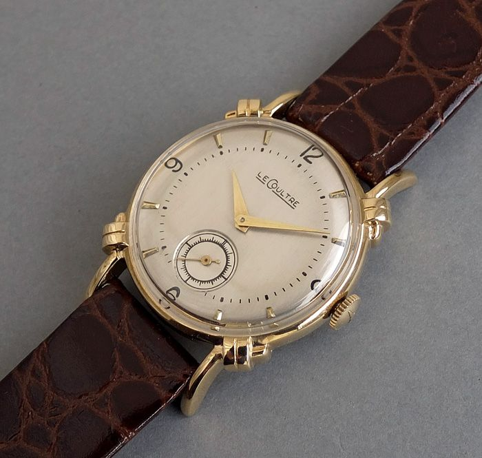 SOLD JAEGER LECOULTRE 14K Solid Gold Vintage Watch c1946 KNOTTED LUGS