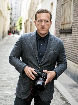 The 51-year old son of father (?) and mother(?) Scott Schuman in 2020 photo. Scott Schuman earned a million dollar salary - leaving the net worth at million in 2020