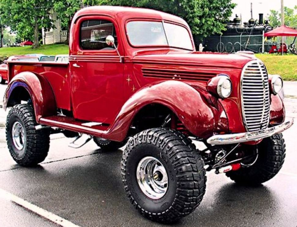 1939 Beautiful Ford Vintage 4x4 truck features a 5.0-liter EFI Ford ...
