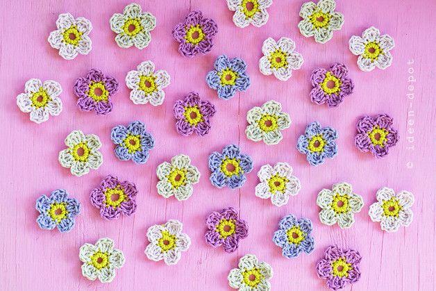 Häkelapplikationen - Gehäkelte Blumen - ein Designerstück von ideen-depot bei DaWanda