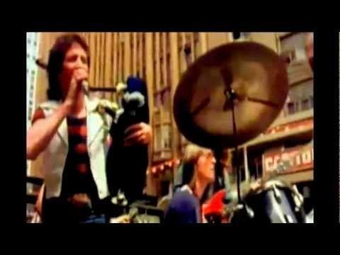 AC/DC-It's A Long Way To The Top (If You Wanna Rock 'N' Roll) - HD BEST AUDIO QUALITY 1975 - YouTube