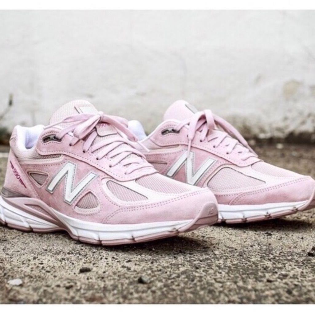 New Balance 990v4 | Color: Pink | Size