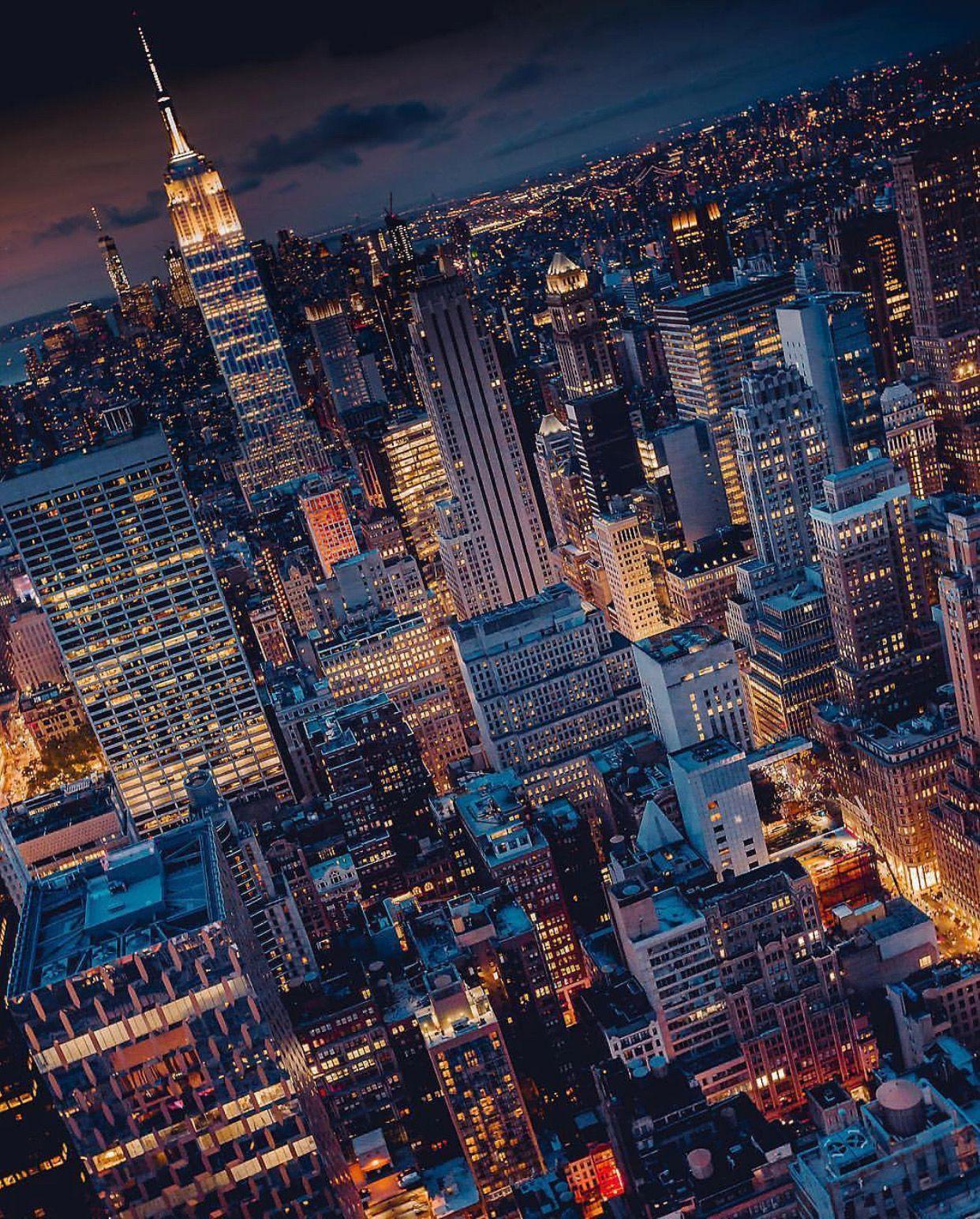 Pin By Carlos Rivera On Gotham City City Photography Urban Landscape City Aesthetic