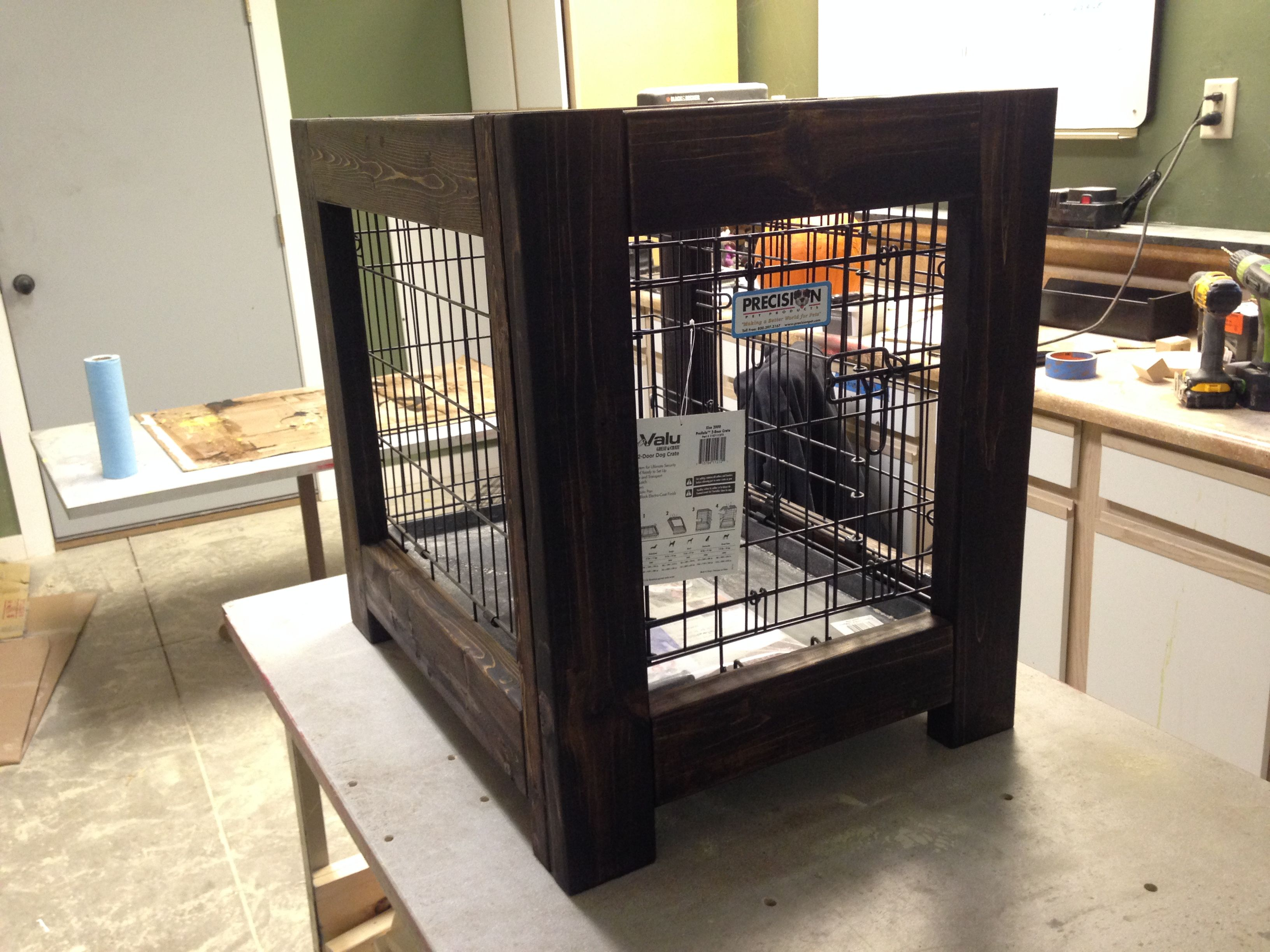 Offering The Same Fold Down Convenience Features As The Standard Model The Side Door On This Crate Allows You To Keep The Cage In A Dog Houses Crates Side Door