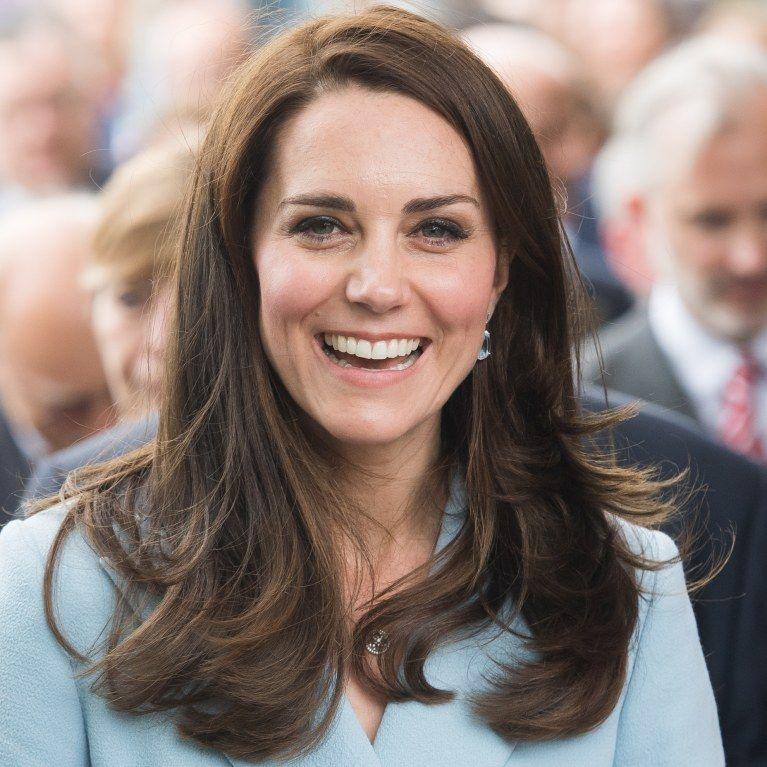 Voici Pourquoi Kate Middleton Attache Rarement Ses Cheveux Photos