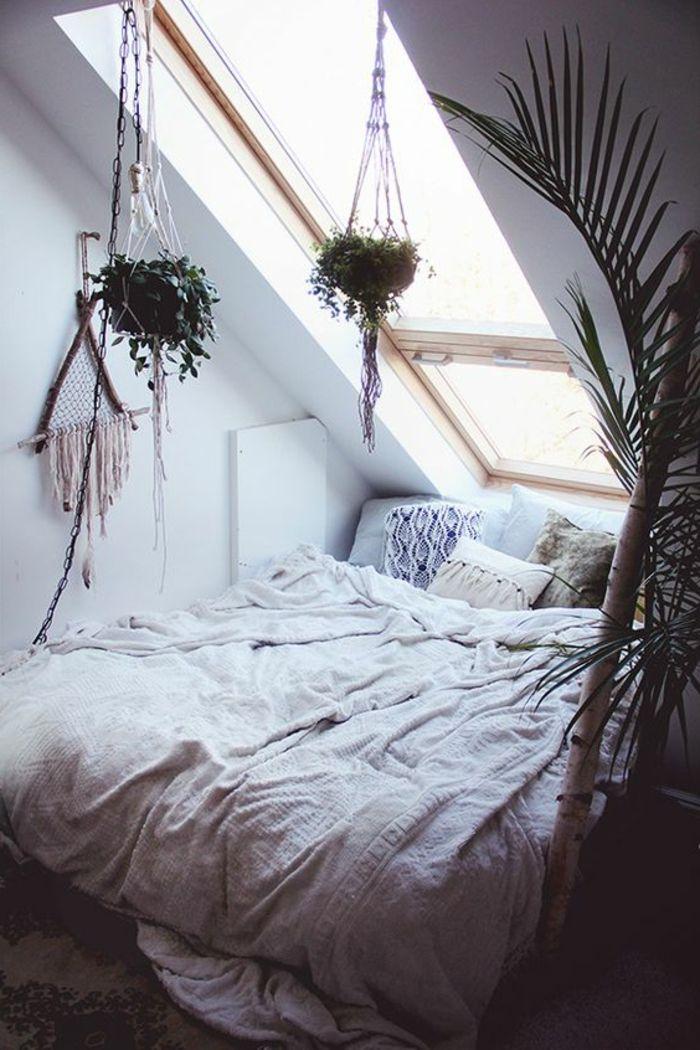 blanc cassé linge de lit déco chambre sous pente, linge de lit blanc cassé, coussins  blanc cassé linge de lit