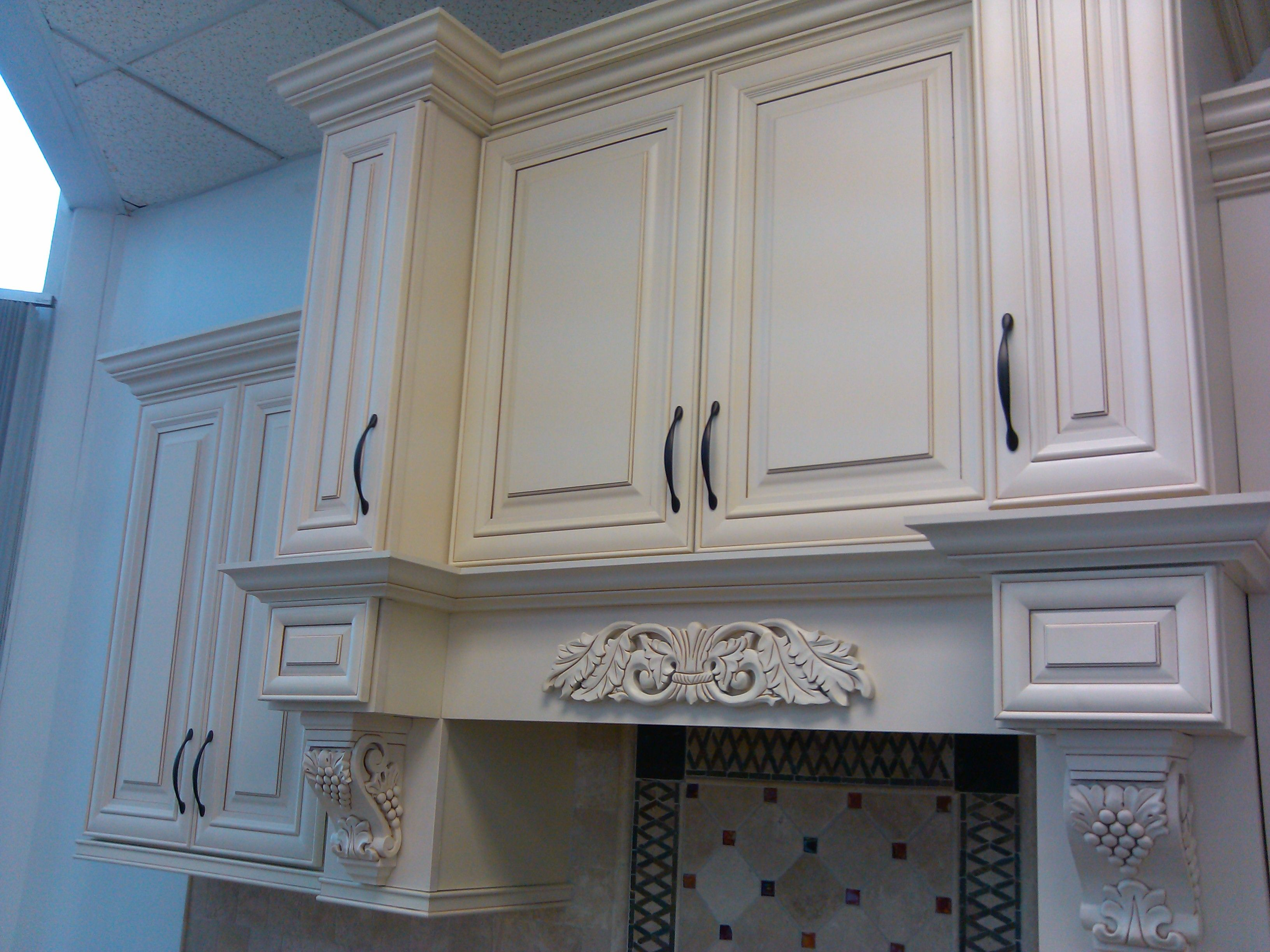 Cream Maple Glaze Rta Cabinets From Cabinetsdirectrta Com Glazed Kitchen Cabinets Kitchen Cabinet Design Kitchen Cabinets
