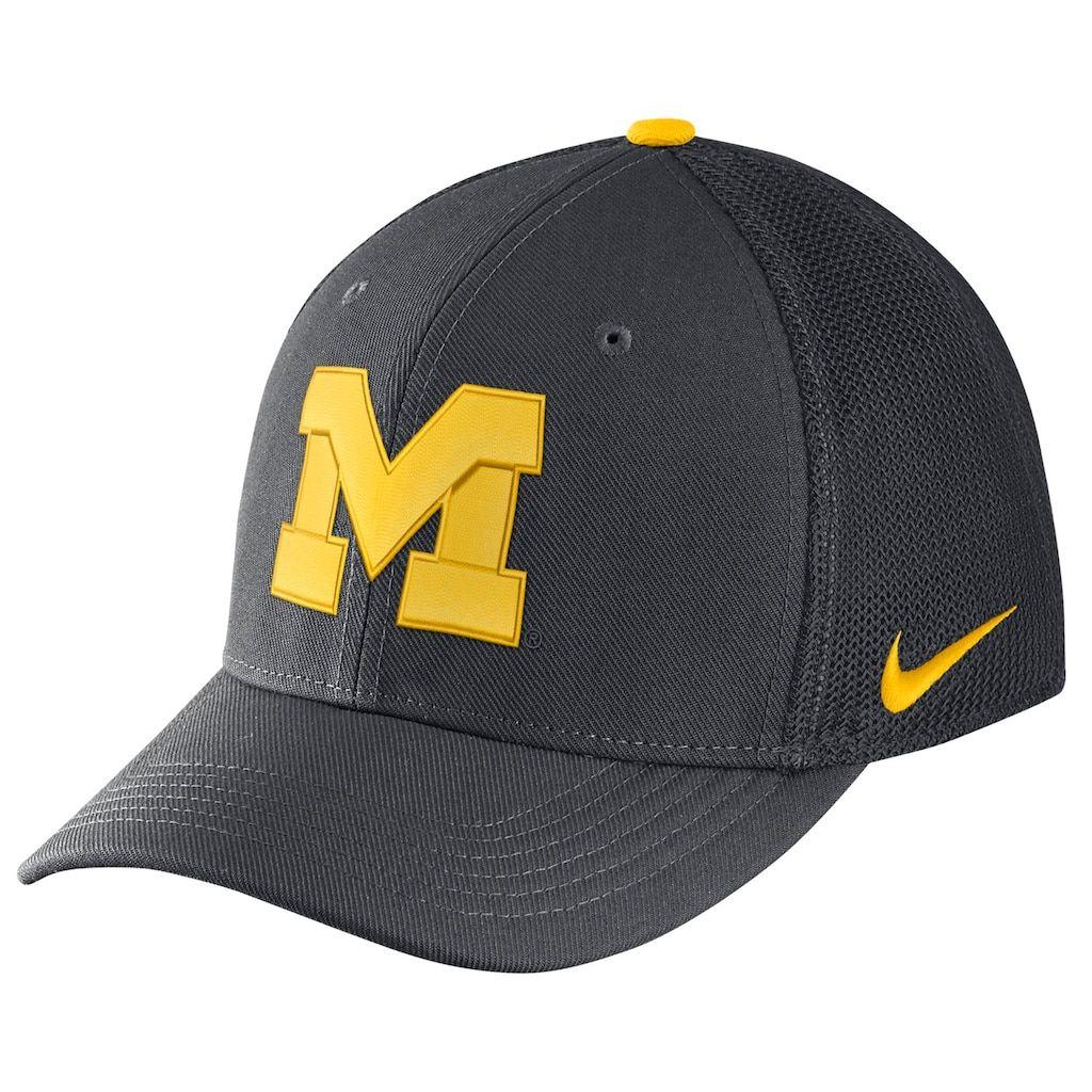 Adult Nike Michigan Wolverines Aerobill Flex-Fit Cap  52e1a99fe7b