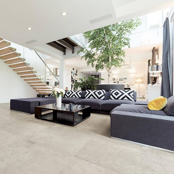 SALON CARRELAGE CRÈME | Idee carrelage, Carrelage, Décoration intérieure
