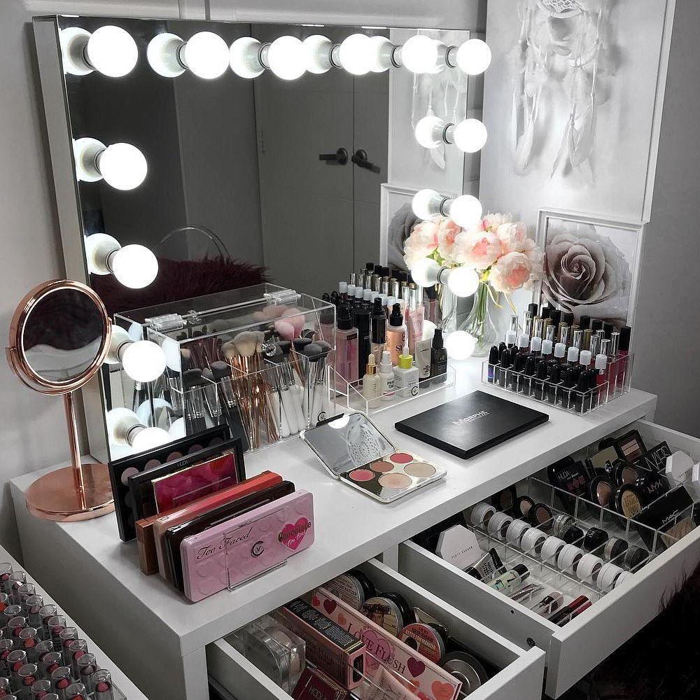 Custom Frameless Hollywood Glamour Lighted Vanity Mirror