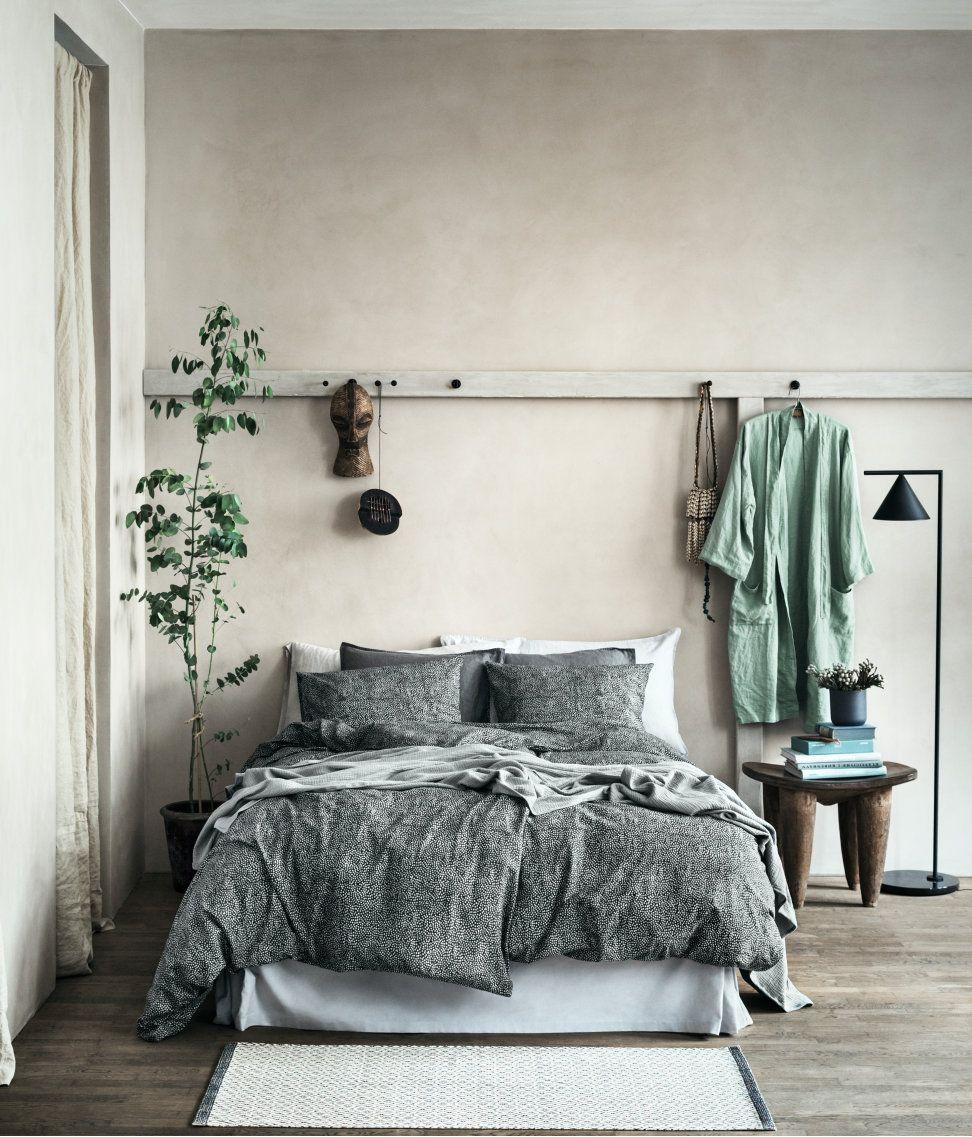 Gem tliches nat rliches schlafzimmer beistelltisch for Beistelltisch schlafzimmer