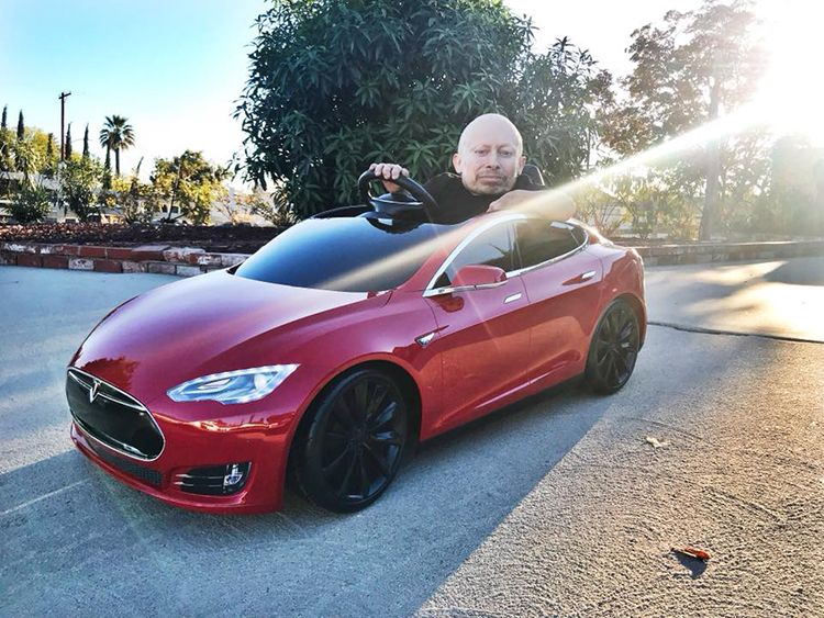 Verne Troyer Unboxes And Drives Mini Tesla Model S With Images