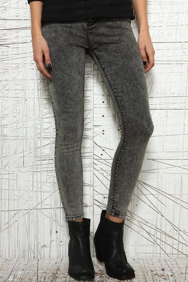 BDG High Rise Ankle Cigarette Jeans