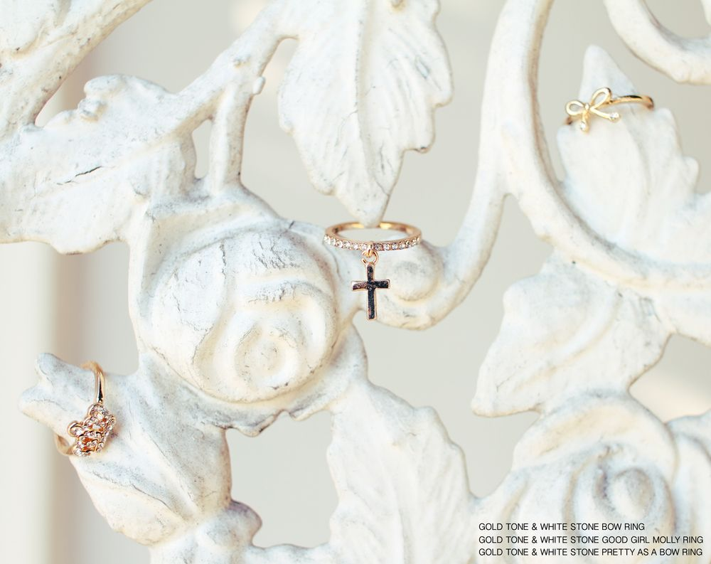 Loving these cute little rings from Mollsanddolls.com