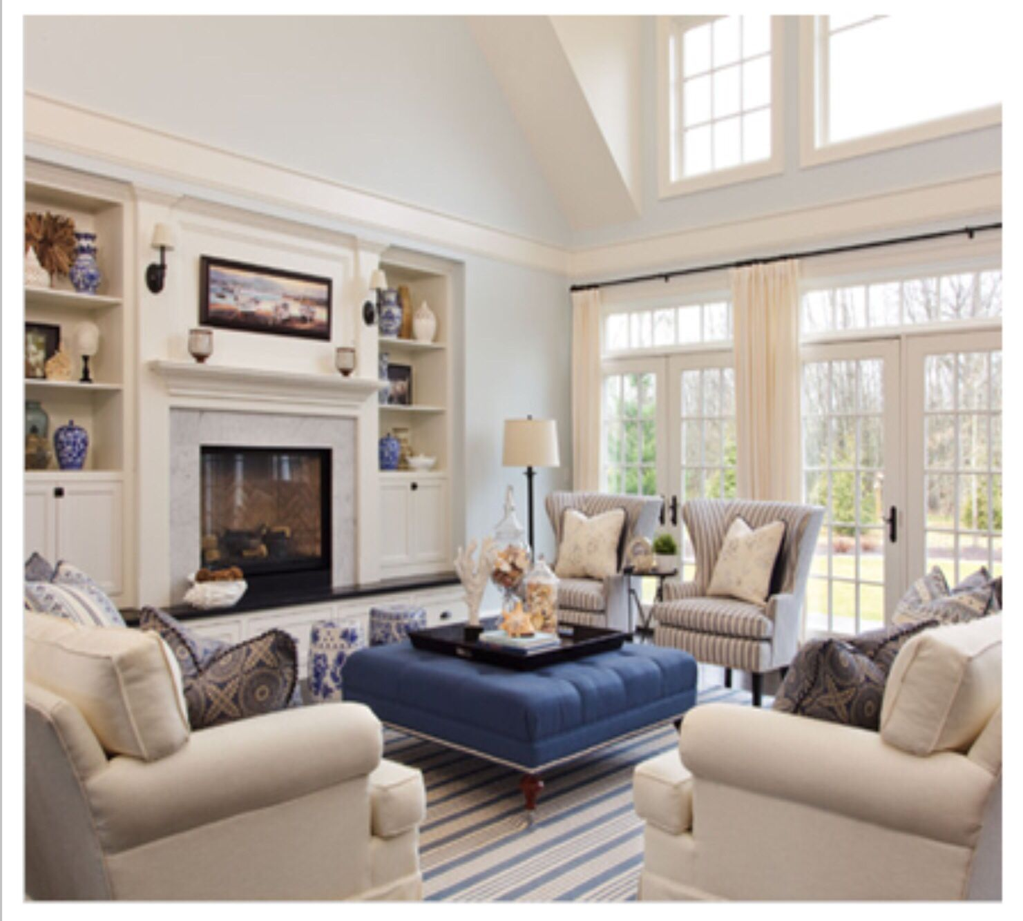 Classic Traditional Living Room Furniture: Classic Neutrals And Navy Blues