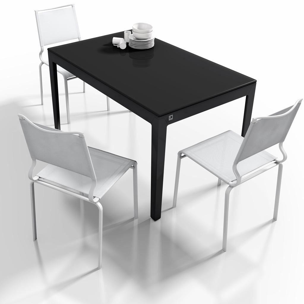 Mesa extensible modelo capuccina en color negro es una for Mesas comedores pequenos