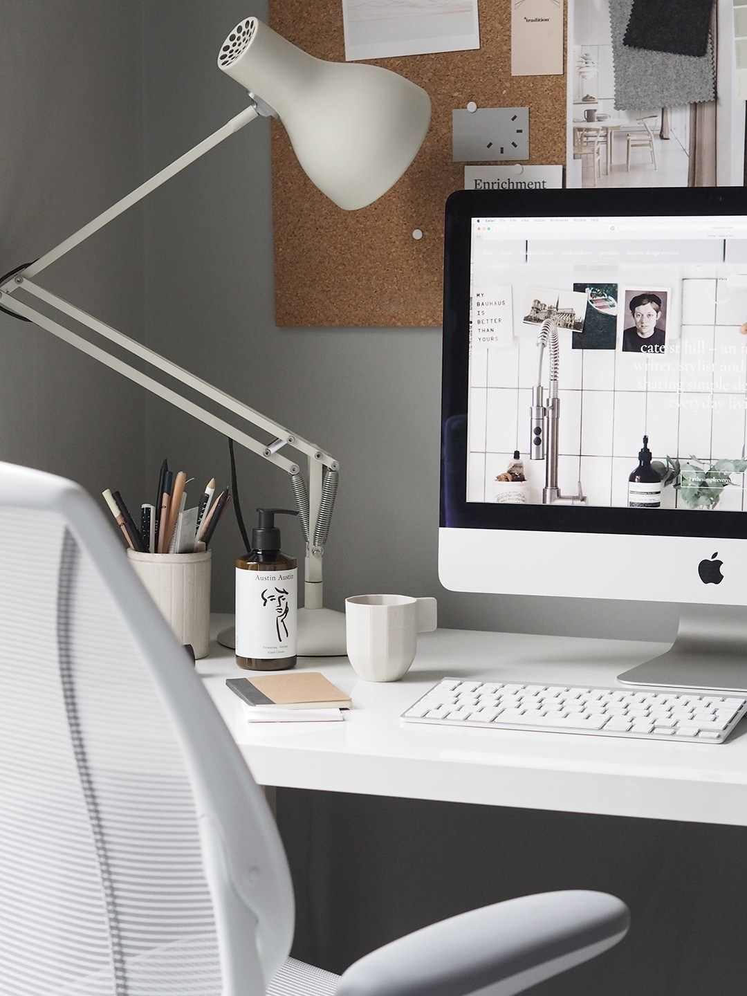 10 Of The Best Minimalist Office Chairs That Don T Compromise On