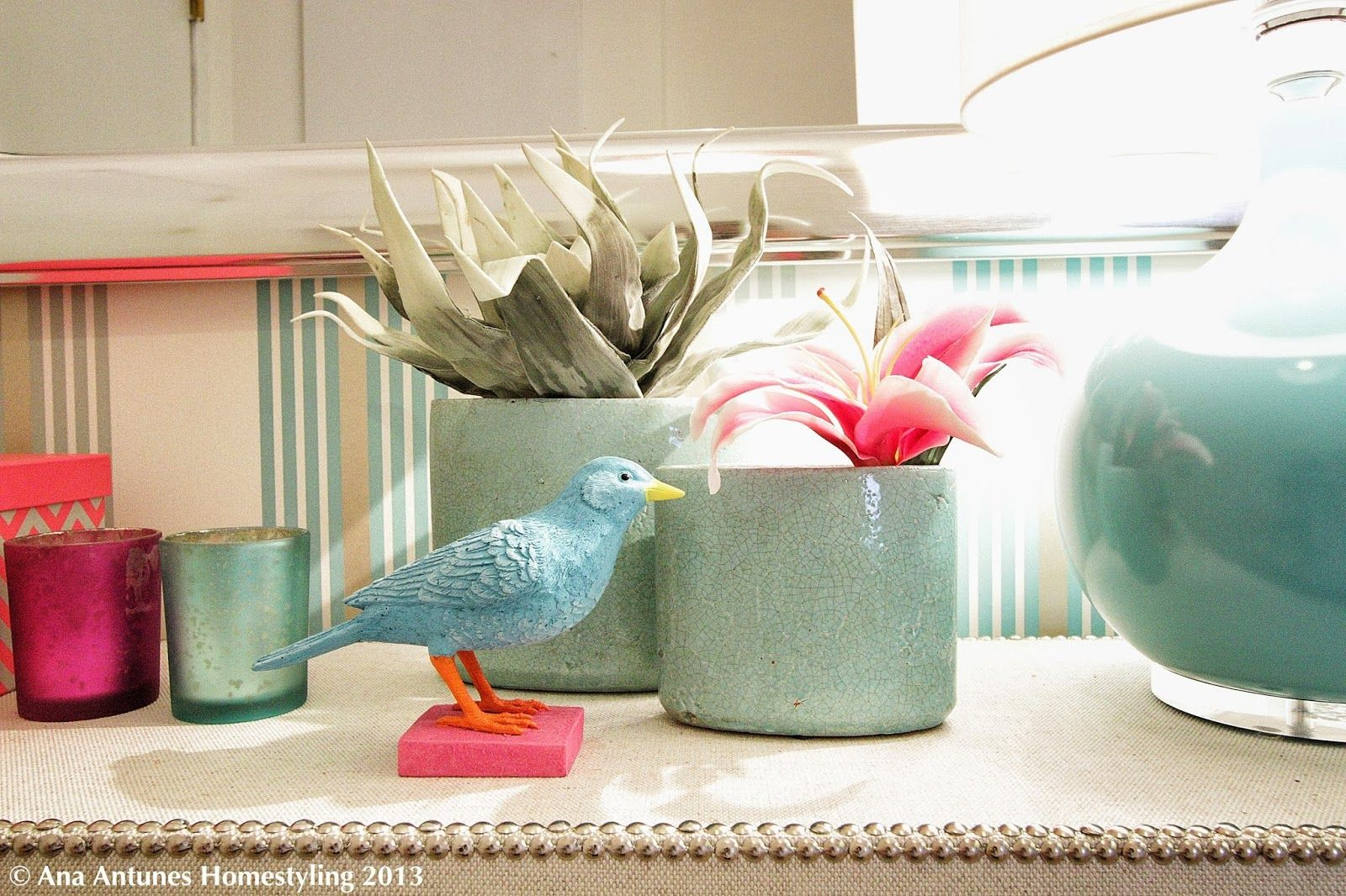 ana antunes home styling, spain love the pink feet on the bird
