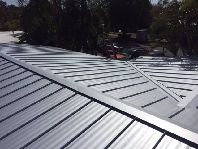 Don T Get Caught Up In Labels The Roofing Industry Is Full Of People Who Will Tell You They Specialize In Green Roofs Eco Roofs Cool Roof Eco Roof Roofing