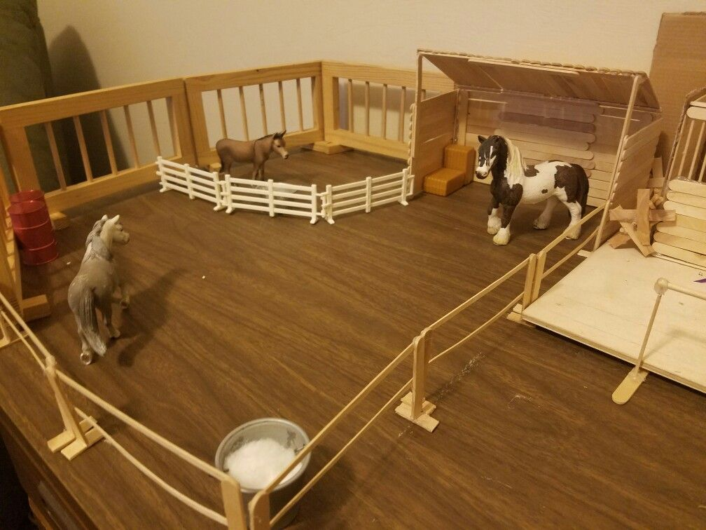 Random Pasture Arrangement With Diy Fence For Schleich And