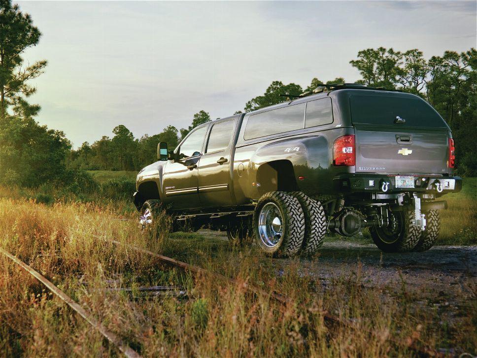 2012 Chevy Silverado 3500hd 4x4 Truck caps, Camper