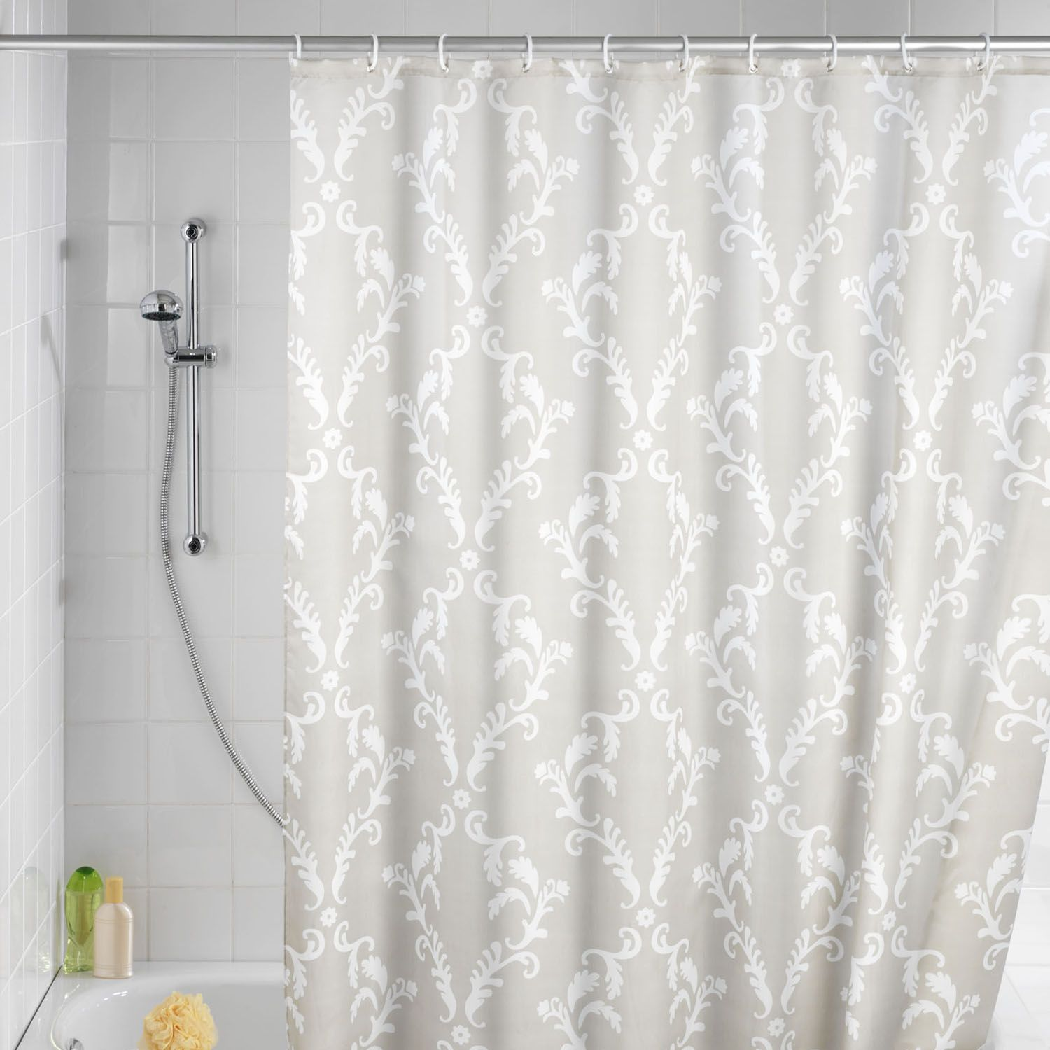 choosing the best shower curtain, check it out! | curtain ideas