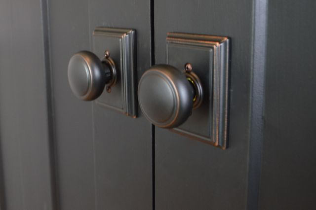 Choosing Door Hardware For A Farmhouse Hardware