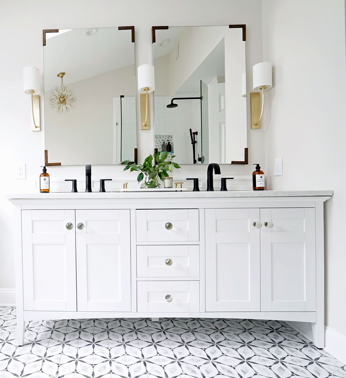 30 Amazing Ideas And Pictures Of Antique Bathroom Tiles Small Bathroom Renovations White Bathroom Tiles Vintage Bathroom Tile