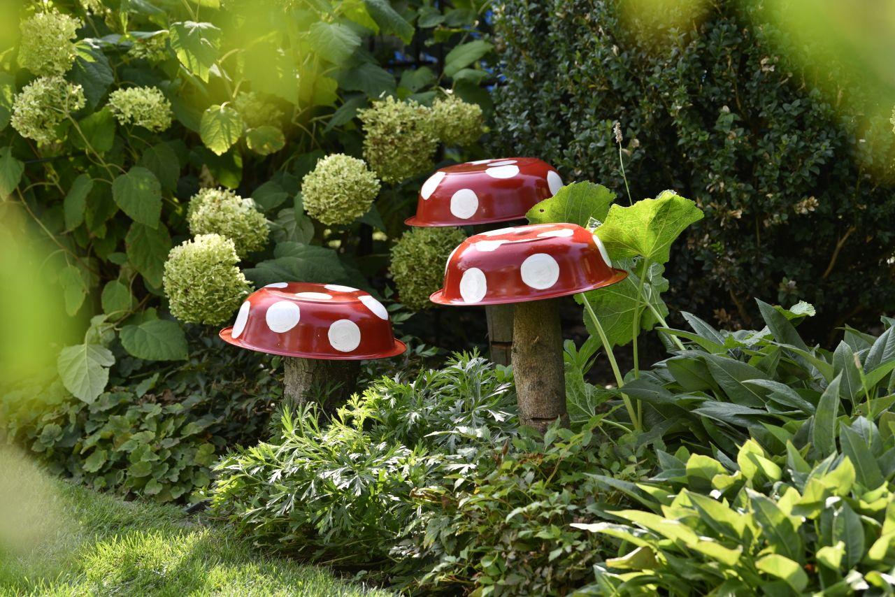 Pilz Deko Fur Den Garten Garten Design Garten Garten Ideen
