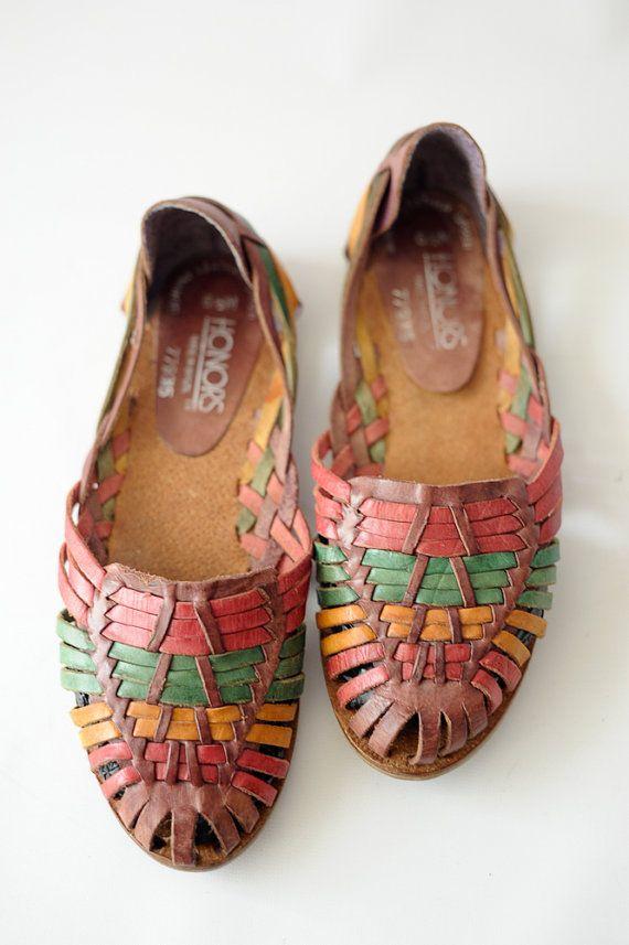 cb18c4b99bbf0 Vintage Huaraches women s size 6.5   multi colored by vintagevirtu ...