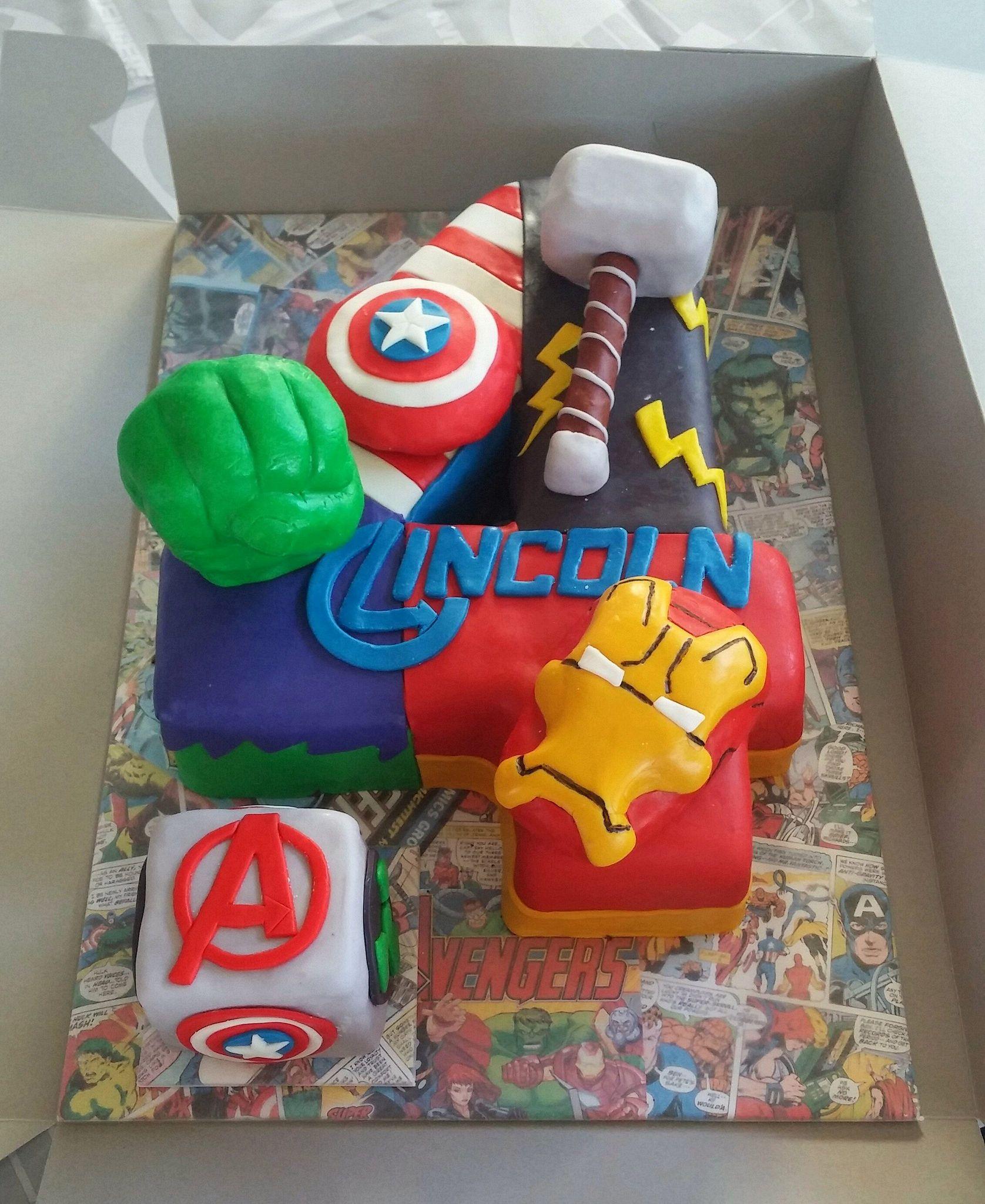Https Flic Kr P Aedwsi Avengers Cake With Images Avenger
