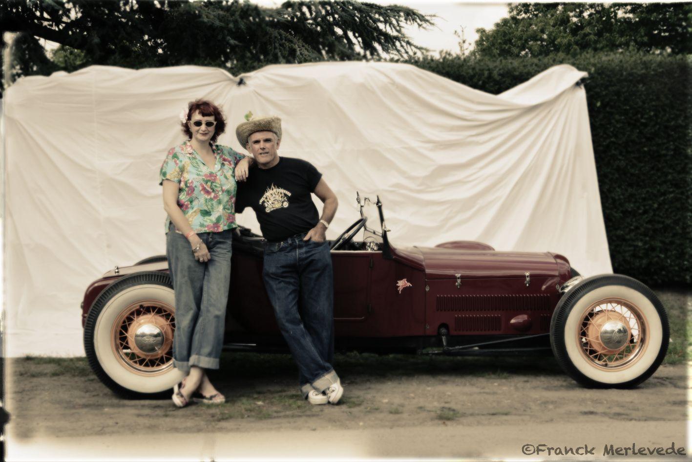 Portrait Hot Rod Hayride - Mick & Sandy Ford T 23