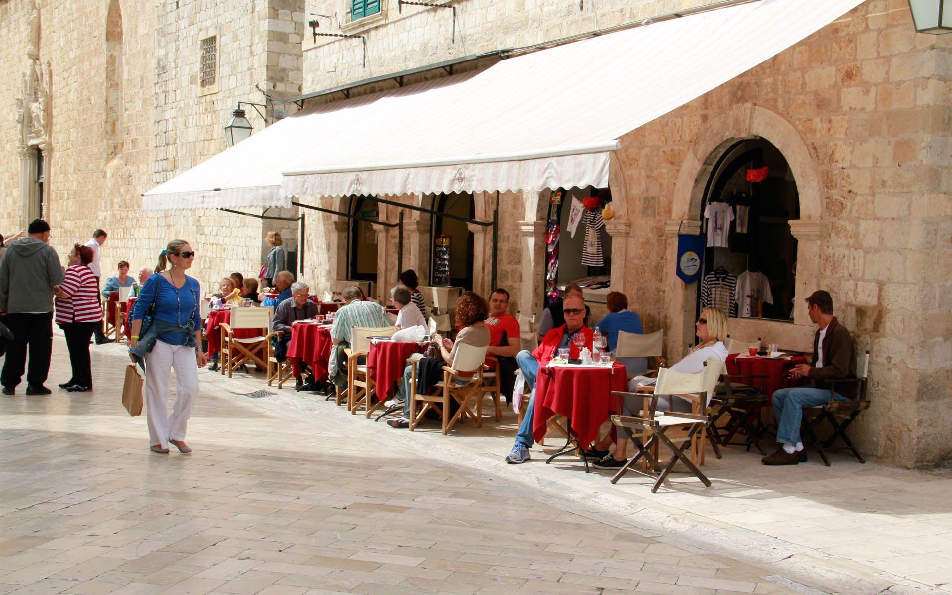 Cafe Festival Dubrovnik Croacia